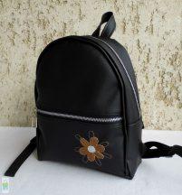 Firkavirágos kis hátizsák