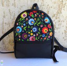 Népi virágos hátizsák