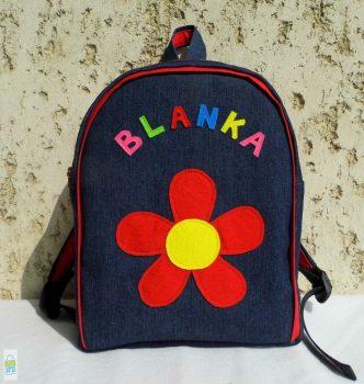 Piros virágos hátizsák