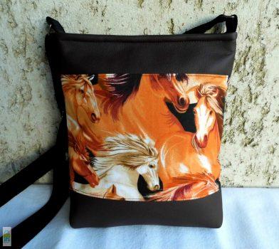 Lovas női táska