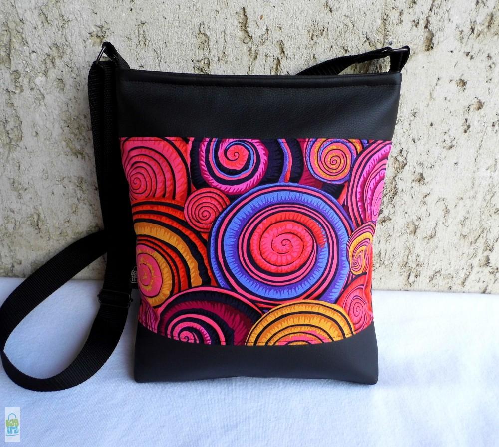 Csigás női táska   fekete - BagiraDesign a572589985
